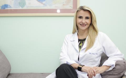 A ginecologista e obstetra