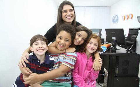 Crianças do site Recontando
