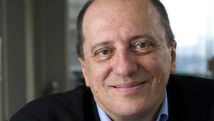 César Souza